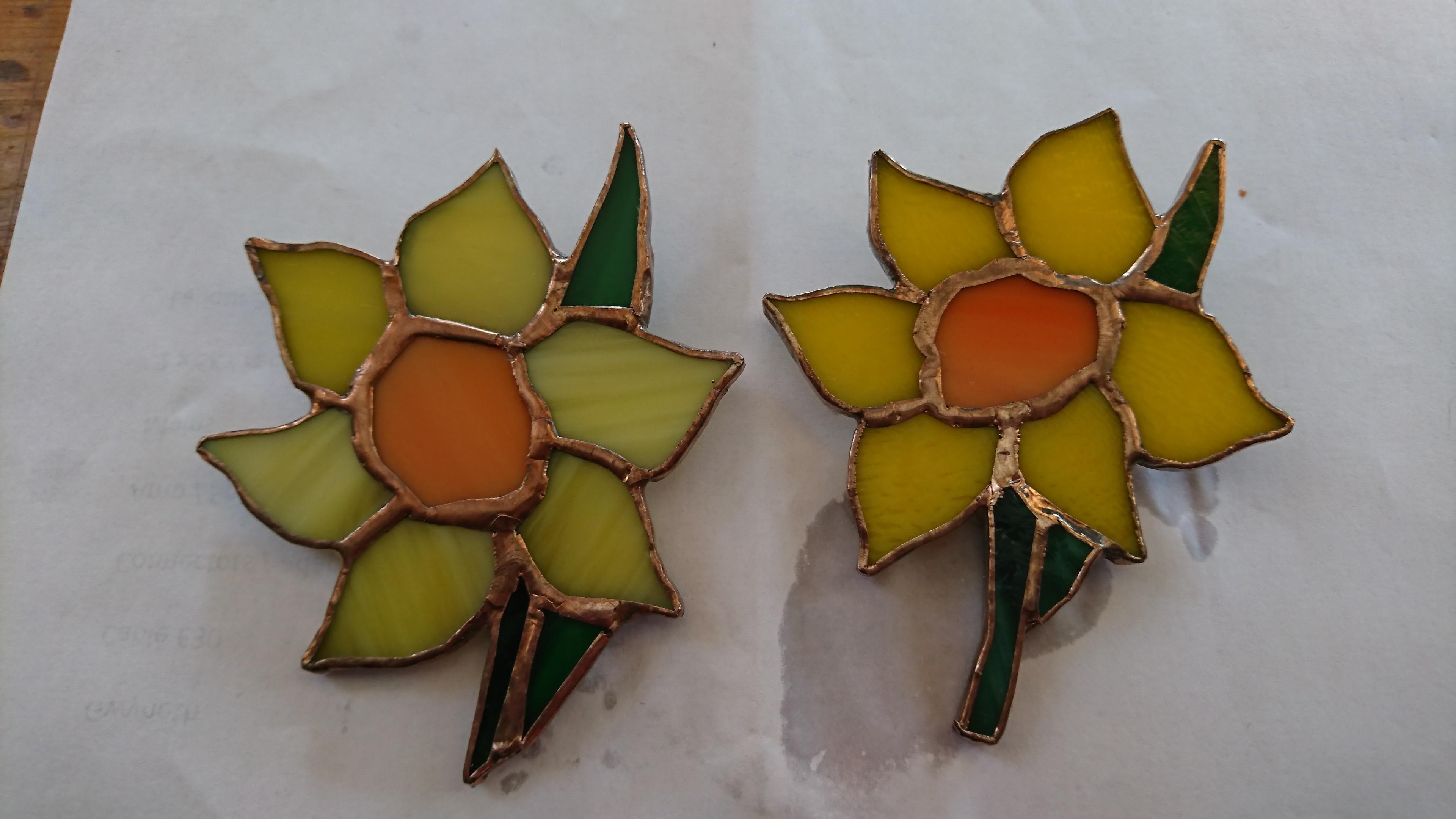 glass daffodil brooch