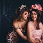 photo by alice alinari via unsplash  wedding photo same sex couple
