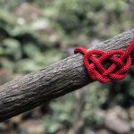 photo Will O via unsplast - celtic infinity knot